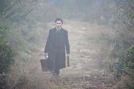 El papel de Radcliffe es el de un abogado sin mucha experiencia