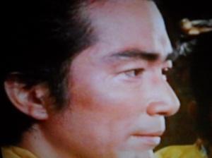 Después de una brillante carrera como actor, Atsuo Nakamura (Lin Chung) probó suerte como político