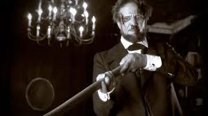 "En ""Vampire Hunter"", Lincoln se dedica a dar matarile a los vampiros"