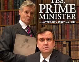 """En julio, la adaptación teatral de """"Yes, Prime Minister"""" concitó a miles de espectadores en el Gielgud Theatre de Londres"""