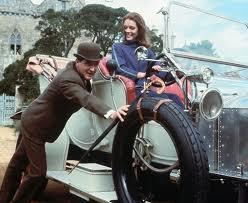 McNee y Rigg constituyeron una de las parejas más exitosas de la televisión del Reino Unido