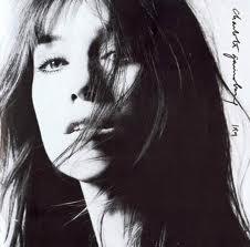 El misterio forma parte del repertorio de la hija de Sege Gainsbourg y Jane Birkin