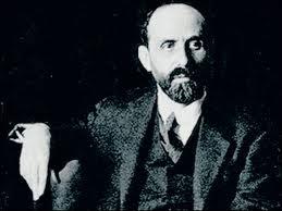 Desde la atalaya de su genialidad mantuvo encendidos debates por carta con Guillén o Dámaso Alonso