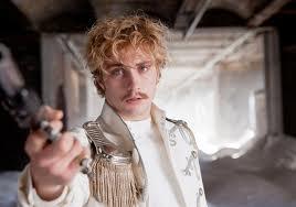 Aaron Taylor-Johnson encarna al conde Vronsky