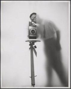 """""""Autorretrato""""/ Photo Credits: The Estate of Erwin Blumenfeld"""